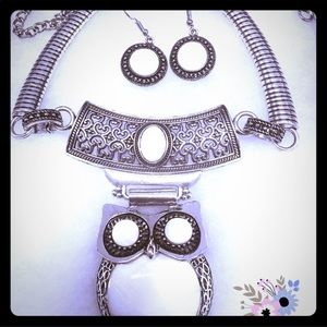 OWL STATEMENT NECKLACE SET